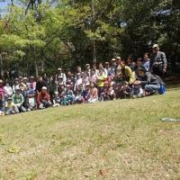 岩本山観察会大勢の参加者でした。