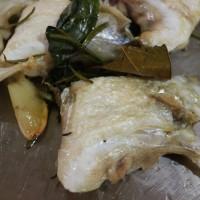 スズキとジャガイモ、インゲン豆のサラダ