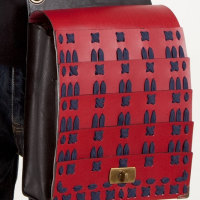 [オンラインショップ]ヴィレッジヴァンガード ウエブド追加納品 赤板札紺糸縅 鞄(大)