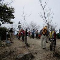 ⑱ クマン岳~古鷹山縦走登山 : クマン岳山頂