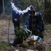 木住神社で春祭りと「鬼打ち神事」で春を迎える