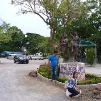 ワットバンクーンにムエタイ銅像を見た