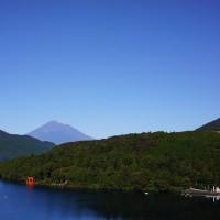 今朝、富士山冠雪!