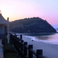 「姉子の浜」夕景‥②