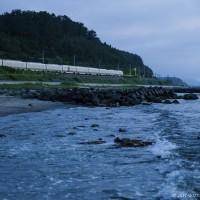 梅雨空でも四季島を出迎える津軽は温かく