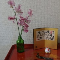 スイトピー花を飾る