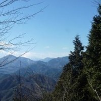 相模湖の南・石老山へ