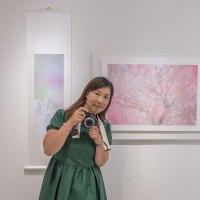 吉住志穂 写真展 「花時間」 オリンパスプラザ東京 クリエイティブウォール 新宿