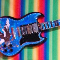 ギターのおもいでになります。