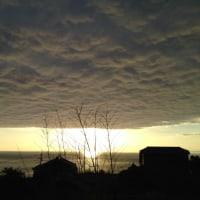 空一面覆った雲!
