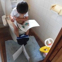 空腹とオシッコとトイレで勉強?