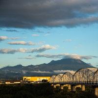 日野川土手からの大山眺望