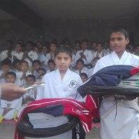 震災復旧が遅れるネパールの貧困のこども達に文具や道着などの支援!