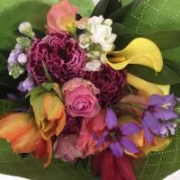 浜松講師会、春の花の花束。