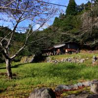 廃村の集落を訪ねました。