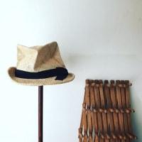 夏かごとワンピースと帽子
