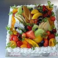 四角いデコレーションケーキ(*^^*)