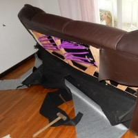 応接ソファーを解体してみました(>_<)