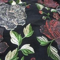 スリランカ刺繍