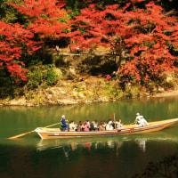 京都の紅葉名所へは保津川下りで行こう!