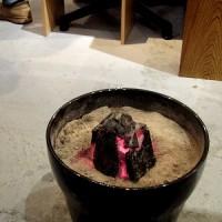 今年最初の植木鉢炭火