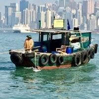 香港 ビクトリア湾の掃除屋さん