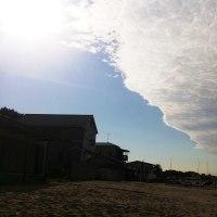 2016年11月26日:〈津屋崎の四季〉1166:津屋崎の空に変な雲