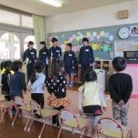 1年 4・5組 読み聞かせ(2/28)