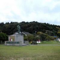 第1019回 富山県 6 浅野総一郎銅像 高岡市の古い町並み。