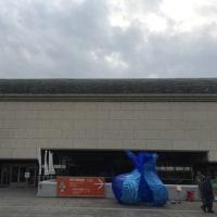 紅葉と堺市博物館