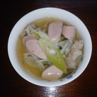 魚肉ソーセージスープ