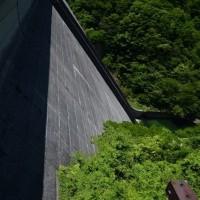 ダム見学の正しい姿勢