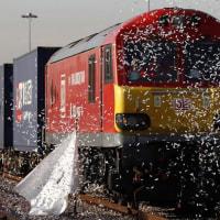ドイツ発: 中国からの貨物列車がロンドンに到着