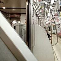 京王線新宿駅 折り返し10:00発の高尾山口行きの特急