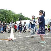 ホリッパ、踊りの輪広がる 末広小運動会でアイヌ文化を伝承