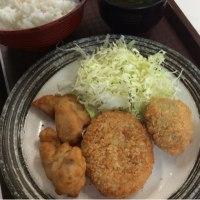 唐揚げ2個・元祖牛肉コロッケ・ピーマン肉詰めフライ