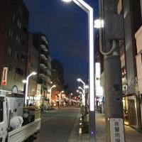 高円寺商店街の外灯