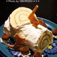 そういえばクリスマスケーキはこんなのでした。周りのチョコは明治のポルテ。