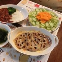 ハッシュドビーフ&れんこんチーズ焼き&わかめスープ