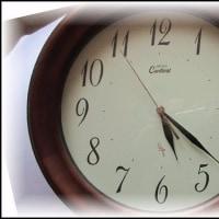 昨日、自分の部屋で使っていた時計の買い替えを・・・