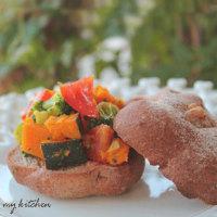 無塩野菜サンドと抹茶のケーキ