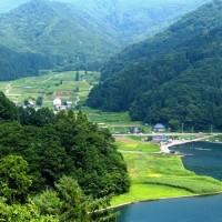 長野県・信濃町の「野尻湖・湖畔の棚田」