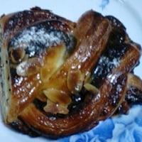 北欧ドイツのモーニングケベックなパンでまずは早朝食しまして:D