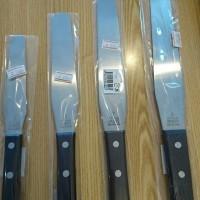 パレットナイフ、又の名をスパチュラ。