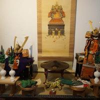 5月15日まで「京空間mayuko」で公開される「武者人形飾り」。予約制でゆっくり観賞