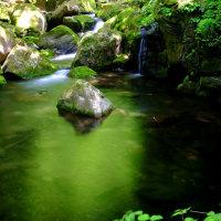 緑の奇跡-三重県名張市:赤目四十八滝