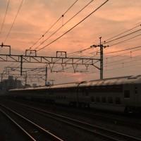 朝焼けの須磨浦で「サンライズエクスプレス瀬戸・出雲」を