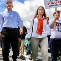 アンカラからイスタンブルへ行進5日目、CHP党首は歩いている