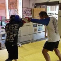 10/22朝の打撃基本とボクシングクラスの風景