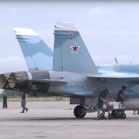 FA-18(ロシアカラー)がシリア爆撃